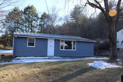 Main Photo: 8 Webster Ave, Greenfield, MA 01301