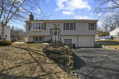Main Photo: 28 Orchard Hill Drive, Rutland, MA 01543
