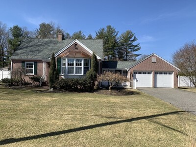 Main Photo: 58 Mountainview St, Ludlow, MA 01056