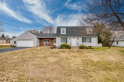 Main Photo: 28 Darby Dr, Westfield, MA 01085