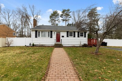 Main Photo: 37 Litchfield Terr, Brockton, MA 02302