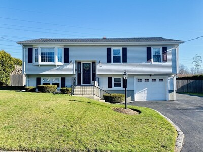 Main Photo: 128 Wellesley Dr, Somerset, MA 02726