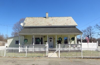 Main Photo: 104 Middle St, Leominster, MA 01453