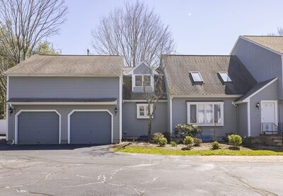 Main Photo: 11 Indian Cove Way Unit 11, Easton, MA 02375