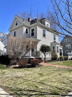 Main Photo: 55 Russell St, Melrose, MA 02176