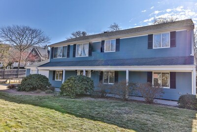Main Photo: 1 Somerset Rd, Provincetown, MA 02657