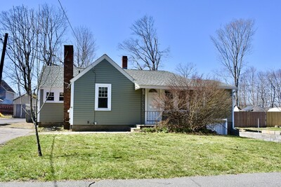 Main Photo: 52 Forest St, Middleboro, MA 02346