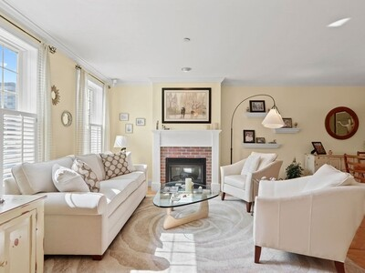 Main Photo: 64 Constitution Rd Unit 64, Charlestown, MA 02129