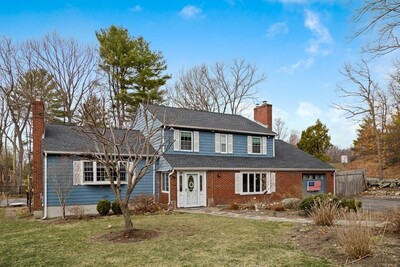 Main Photo: 28 Fox Run, Reading, MA 01867