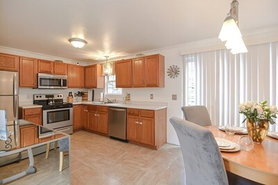 Main Photo: 403 Rollstone St Unit 403, Fitchburg, MA 01420