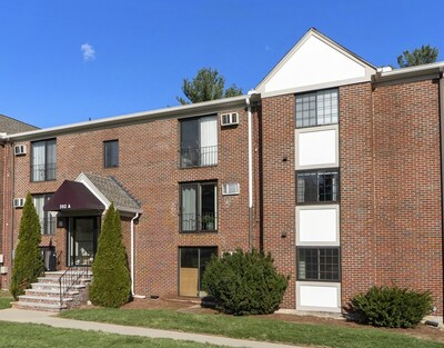 Main Photo: 392A Great Rd Unit 302, Acton, MA 01720