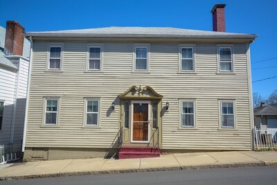 Main Photo: 10 Pleasant St, Plymouth, MA 02360