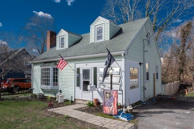 Main Photo: 8 Pleasant Street, Easton, MA 02356