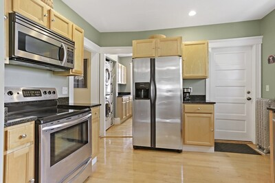 Main Photo: 15 Mount Vernon Unit 2, Arlington, MA 02476
