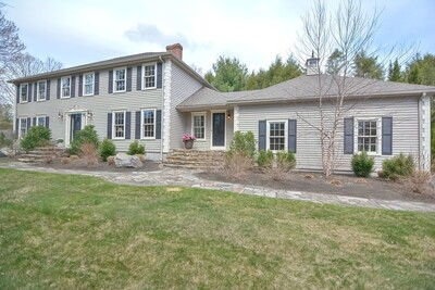Main Photo: 2 Donnelly Drive, Medfield, MA 02052