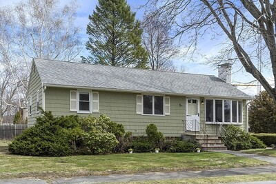 Main Photo: 24 Griffen Dr, Wakefield, MA 01880