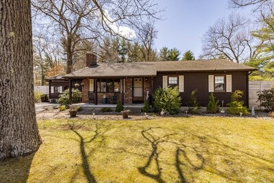 Main Photo: 117 Tannery Road, Westfield, MA 01085
