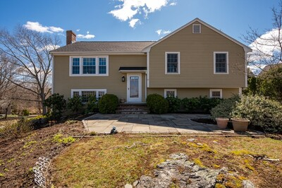 Main Photo: 10 Ocean View Drive, Hingham, MA 02043