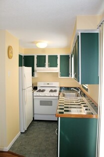 1847 Middlesex St Unit 9, Lowell, MA 01851 - Photo 1