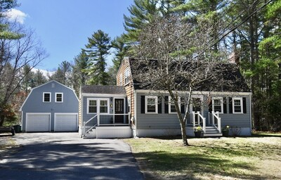 Main Photo: 143 Lake Shore Dr, Duxbury, MA 02332
