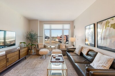 Main Photo: 100 Lovejoy Wharf Unit 4G, Beacon Hill, MA 02114