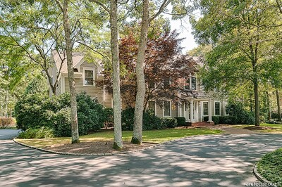 Main Photo: 120 Gullane Rd, Mashpee, MA 02649
