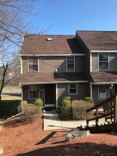 Main Photo: 63 Mallard Dr Unit 63, Fitchburg, MA 01420