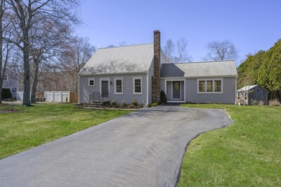 Main Photo: 7 Elliot Ln, Plymouth, MA 02360