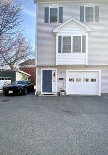 Main Photo: 1016 Middlesex St Unit 3, Lowell, MA 01851