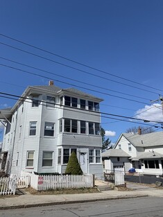 Main Photo: 24 Lincoln St, Webster, MA 01570