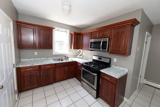 459 Snell St, Fall River, MA 02721 - Main Photo