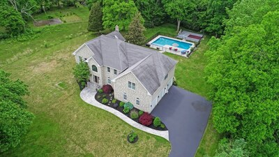 Main Photo: 100 Agricultural Ave, Rehoboth, MA 02769