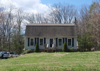 Main Photo: 31 Homestead Ave, Russell, MA 01071