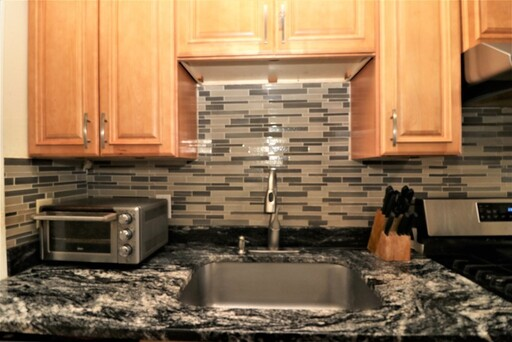 82 Thayer St, Lowell, MA 01851 - Photo 3