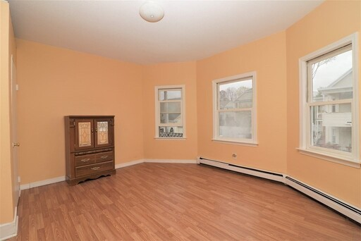 82 Thayer St, Lowell, MA 01851 - Photo 15