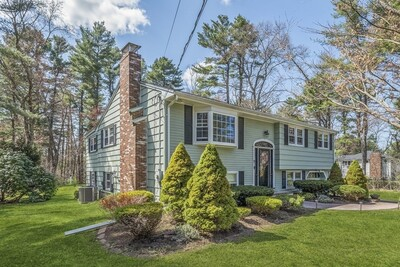 Main Photo: 7 Old Coach Rd, Norfolk, MA 02056