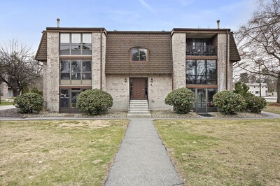Main Photo: 1 Greenbriar Dr Unit 308, North Reading, MA 01864