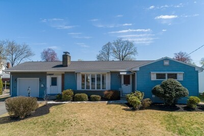 Main Photo: 37 Donlyn Drive, Chicopee, MA 01013