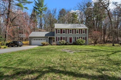 Main Photo: 15 Phillips Dr, Westford, MA 01886