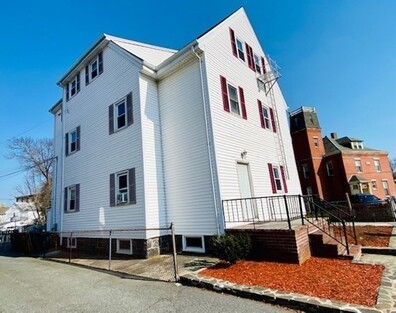 516 Weir St, Taunton, MA 02780 - Photo 1