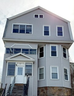 Main Photo: 47 Sterling St, Worcester, MA 01610