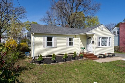 164 Harkness Ave, Springfield, MA 01118 - Photo 1
