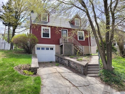 Main Photo: 32 Indian Lake Parkway, Worcester, MA 01605