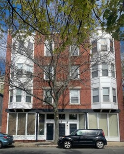 Main Photo: 75 River St Unit 6, Haverhill, MA 01832