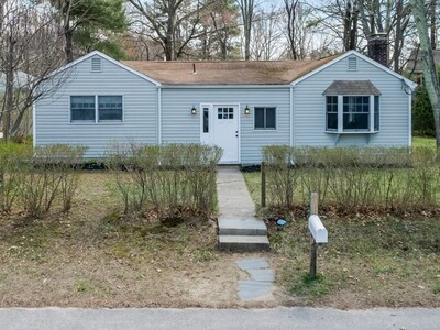 Main Photo: 14 S Lakeview Rd, Norton, MA 02766