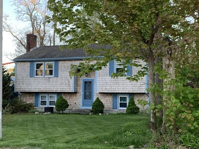 Main Photo: 791 Rocky Hill Rd, Plymouth, MA 02360