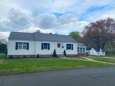 Main Photo: 31 Floral Ave, Westfield, MA 01085