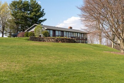 Main Photo: 590 South Rd, Holden, MA 01520