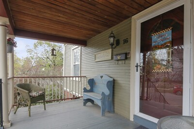 16 Riverview St, Springfield, MA 01108 - Photo 1