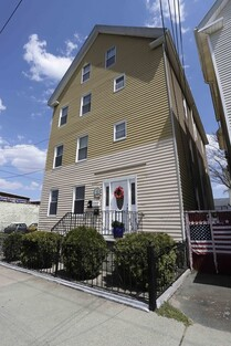 Main Photo: 10 Viall St, New Bedford, MA 02744